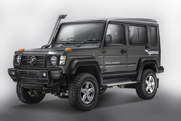 2017 Force Gurkha 3-door front three quarter press image