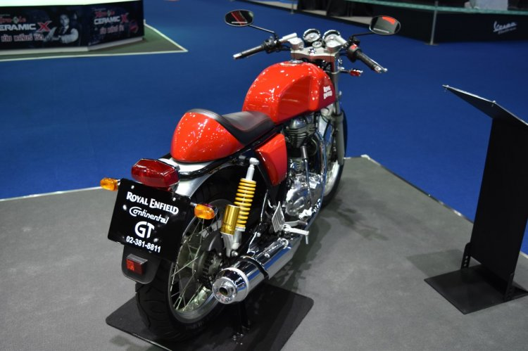 Royal Enfield Continental GT Red at BIMS 2017 rear three quarter