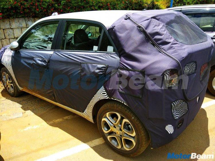 2018 Hyundai i20 (facelift) rear spied up close