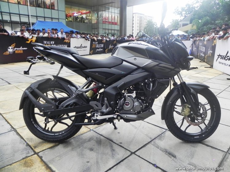 Bajaj Pulsar NS160 unveiled by Ghost Ryderz gallery side closeup