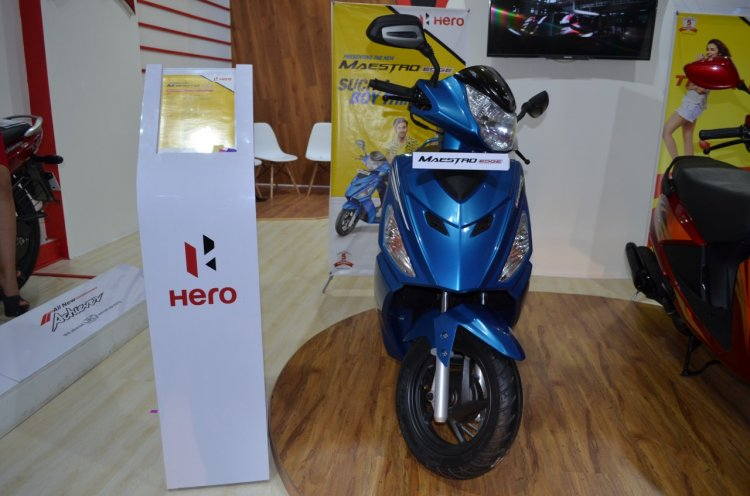 2017 Hero Maestro Edge Blue at Nepal Auto Show front