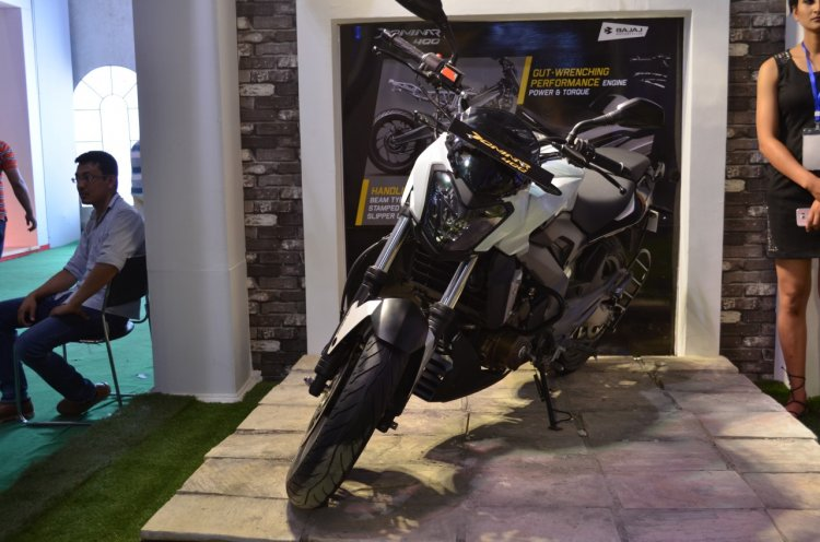 Bajaj Dominar 400 at Nepal Auto Show front