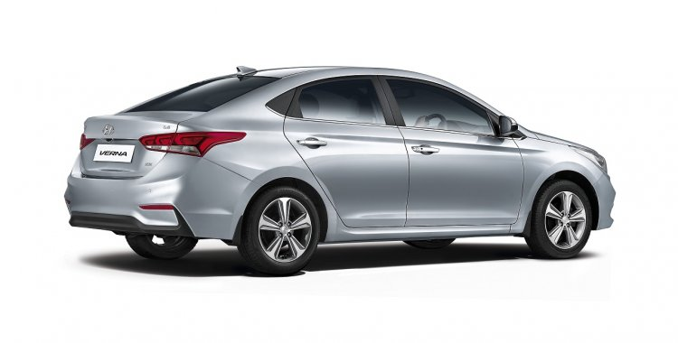 Next Generation Hyundai Verna Unveiled