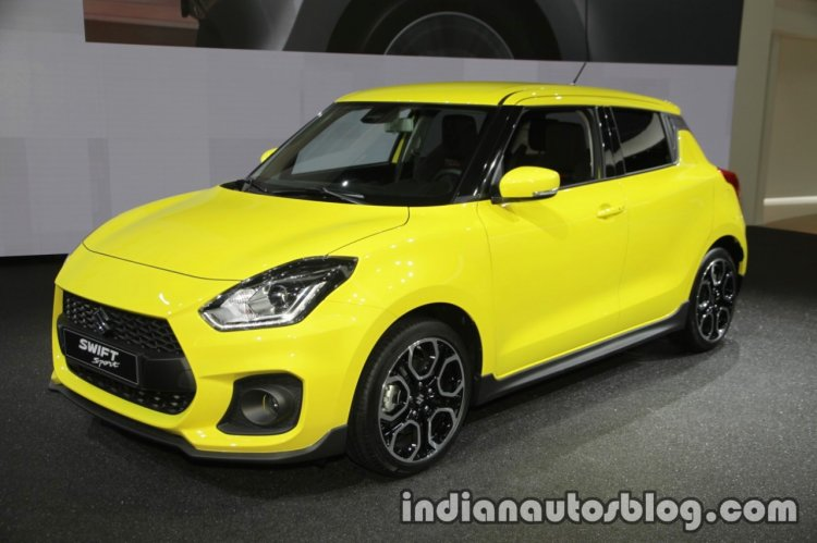 2018 Suzuki Swift Sport front three quarters at IAA 2017