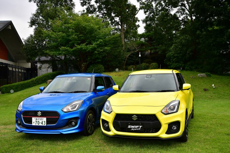 2018 Suzuki Swift Sport with the 2017 Suzuki Swift