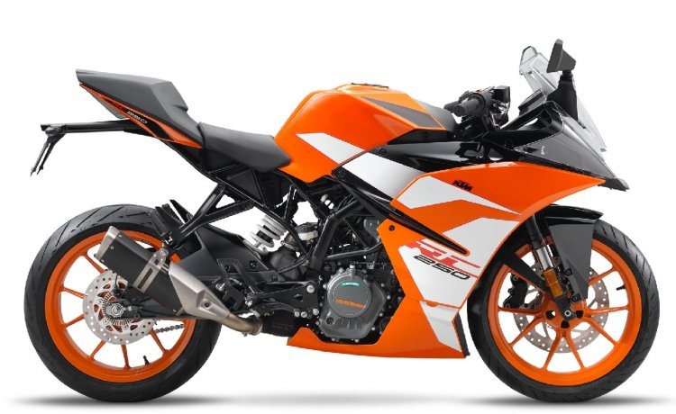 2017 KTM RC 250 studio right side