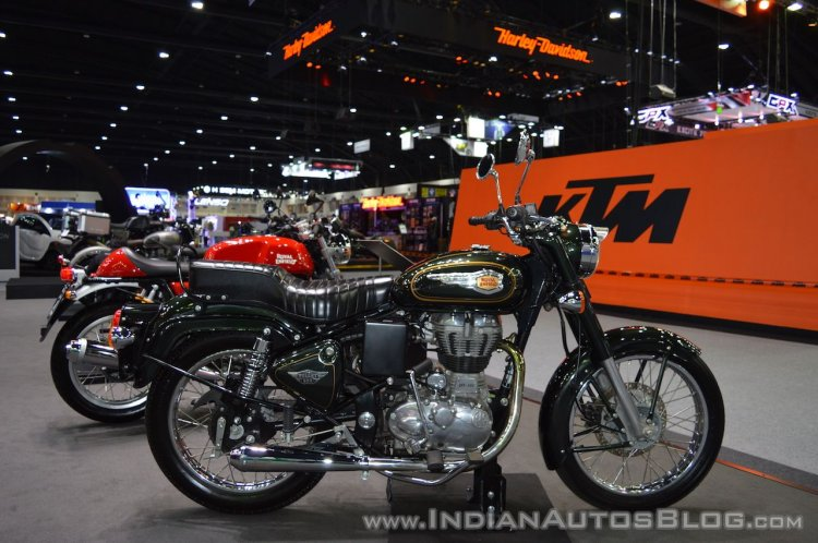 upcoming Royal Enfield motorcycles Royal Enfield Bullet 500 right side at 2017 Thai Motor Expo