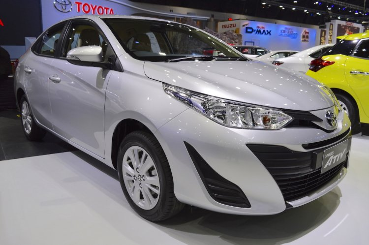 Best Sedan Under 10 Lakhs: Toyota Yaris Ativ front three quarters at 2017 Thai Motor Expo