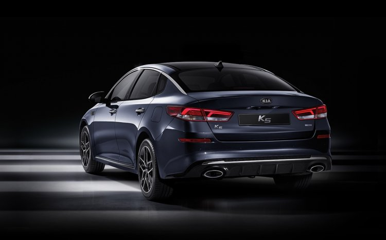 2018 Kia K5 (Kia Optima) facelift rear three quarters