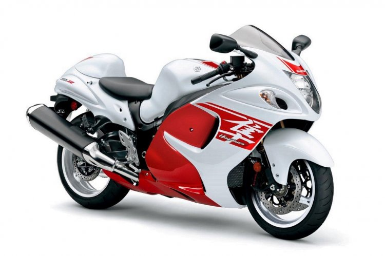 2018 Suzuki Hayabusa White press front right quarter