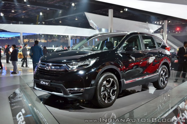 New Honda CR-V front three quarters at Auto Expo 2018