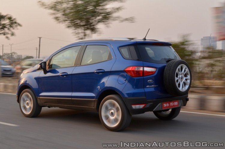 Ford EcoSport Petrol AT review rear angle motion