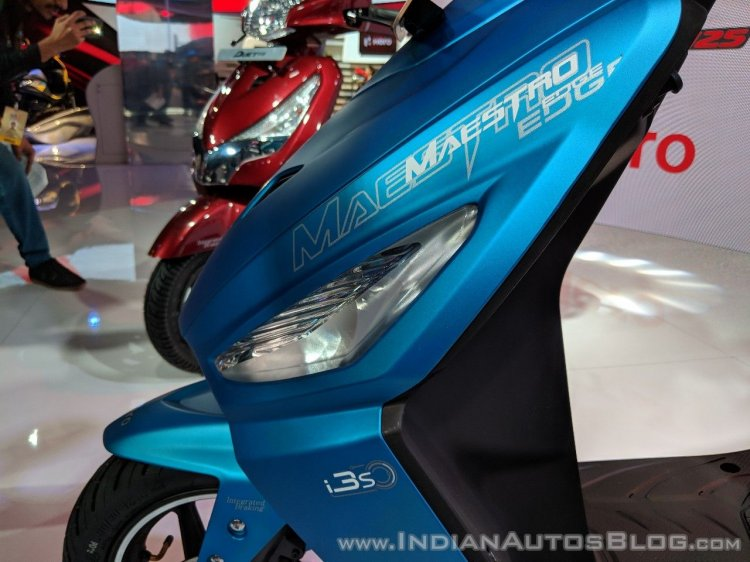 Hero Maestro Edge 125 indicator at 2018 Auto Expo