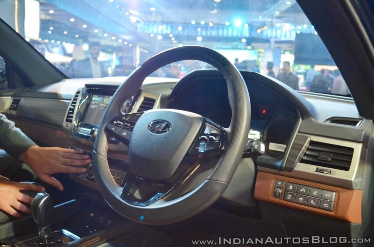 Mahindra Rexton dashboard side view at Auto Expo 2018