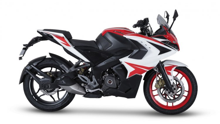 Pulsar RS200 - Racing Red press right side