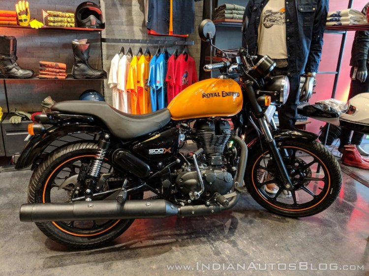 Royal Enfield Thunderbird 500X Orange right side India launch