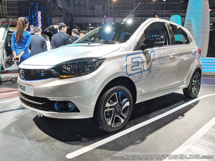 Tata Tiago EV front three quarters at Auto Expo 2018