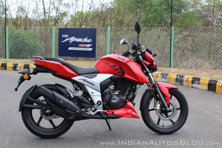 top-selling bikes in india 2018 TVS Apache RTR 160 4V First ride review right side