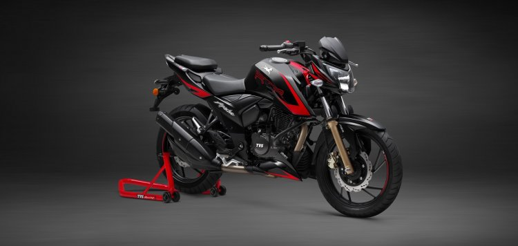 TVS Apache RTR 200 4V Race Edition 2.0 front three quarters