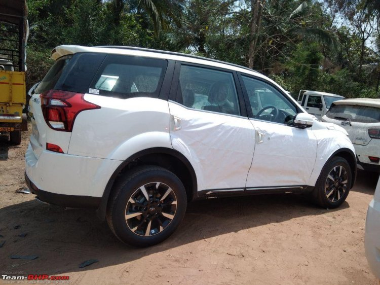 2018 Mahindra XUV500 facelift side profile