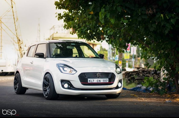 2018 Maruti Swift slammed front three quarters