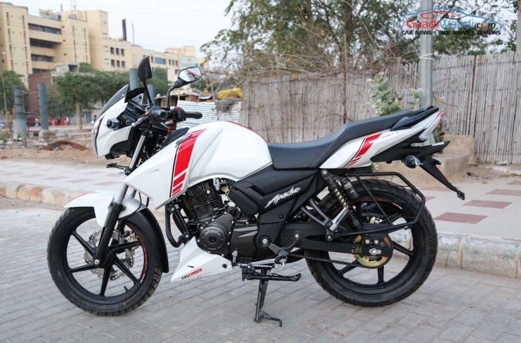 TVS Apache RTR 160 Race Edition White in Images left side