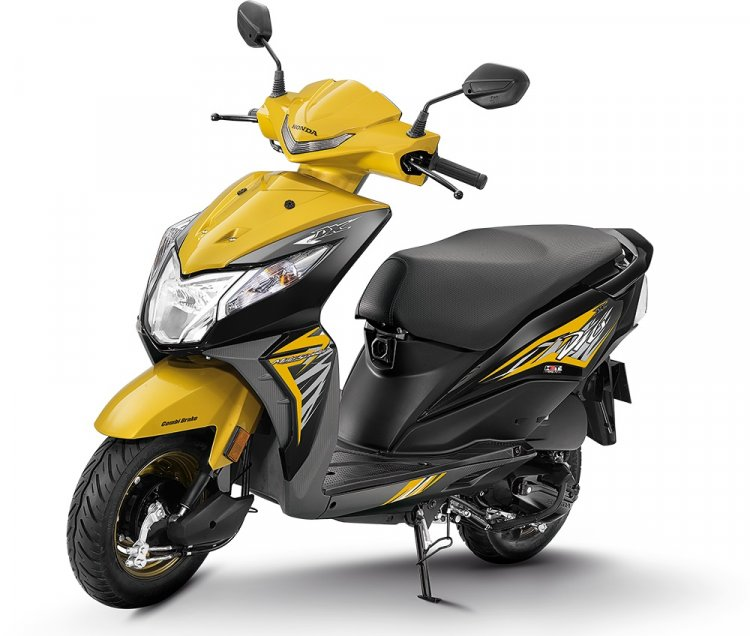 2018 Honda Dio Deluxe press yellow