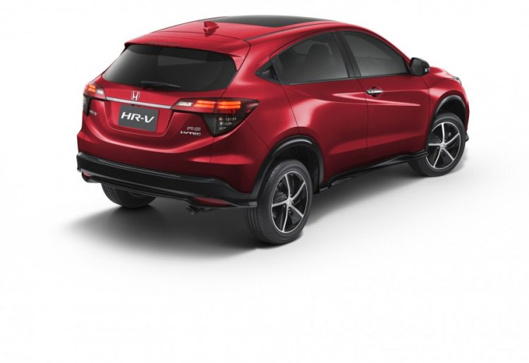 2018 Honda HR-V (facelift) rear three quarters right side