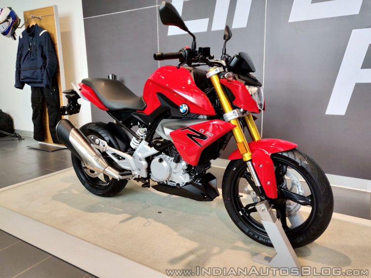 BMW G 310 R front angle