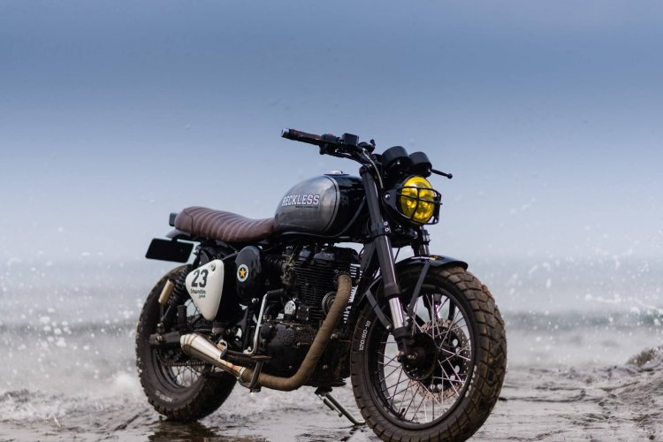Royal Enfield Classic 500 modified scrambler 'Reckless' by Bulleteer Customs front right quarter