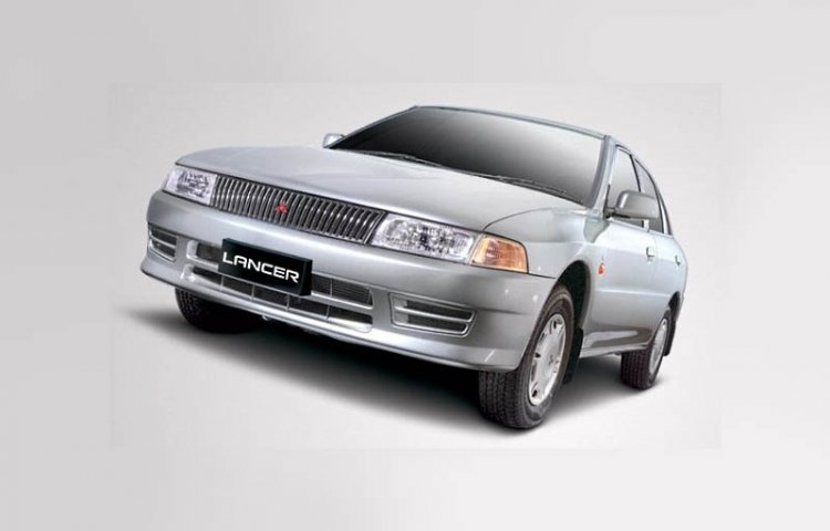 mitsubishi lancer india images front three quarters images