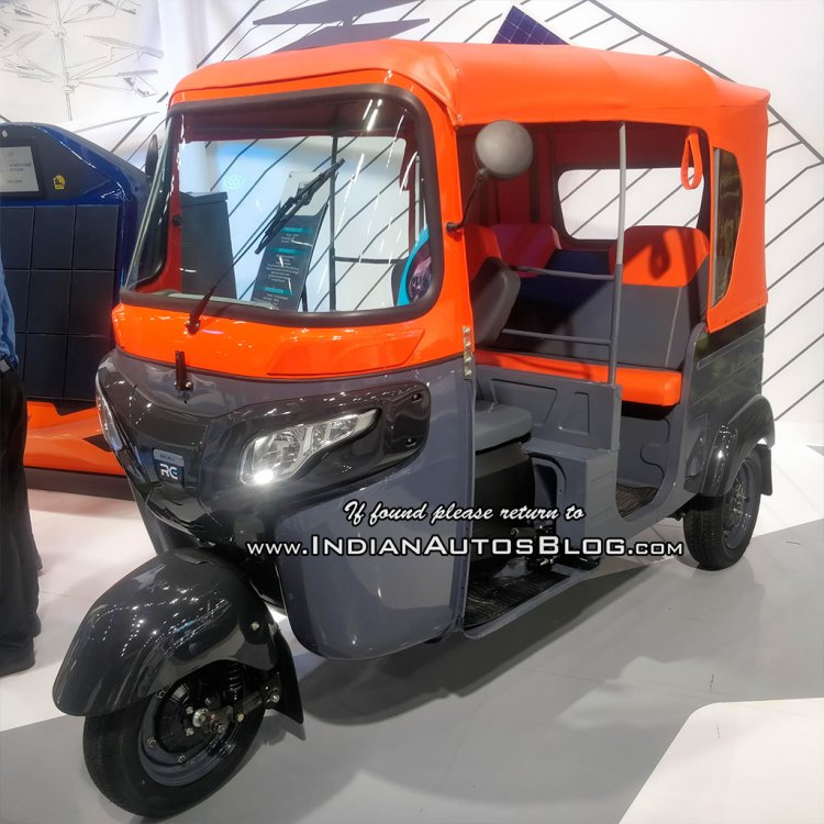 Bajaj Re Electric Front Three Quarters At Move 201