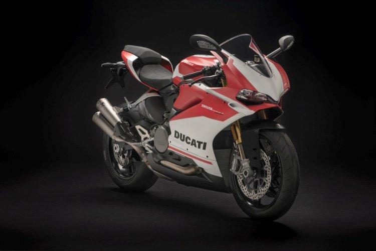 2018 Ducati 959 Panigale Corse Front Three Quarter