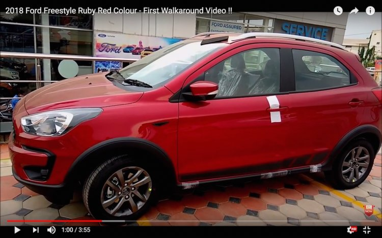 2018 Ford Freestyle Ruby Red Colour
