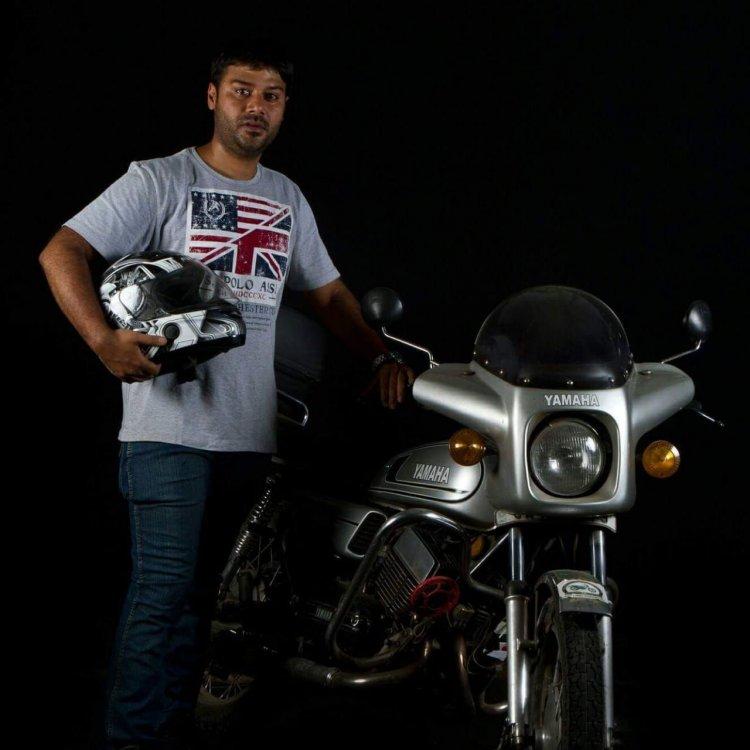 Silver Yamaha Rd350 By Vishal Agarwal