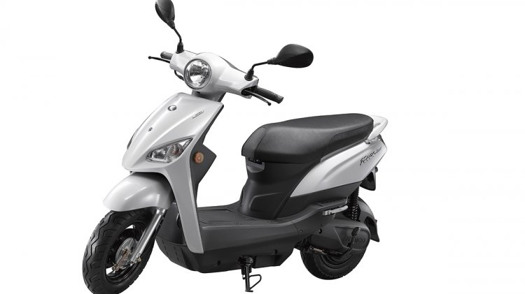 Kymco Nice 100 Ev Front Quarter Press Image