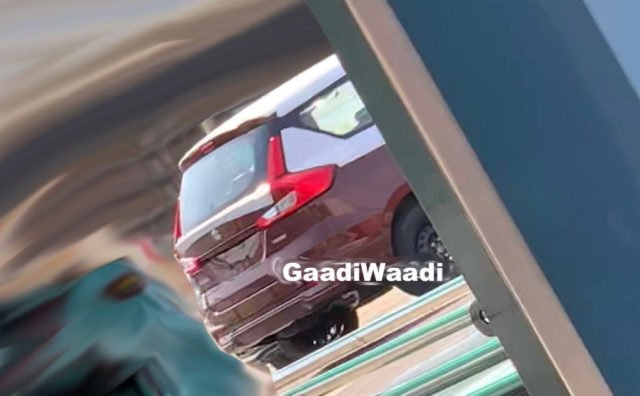 2018 Maruti Ertiga Sport Images Rear Three Quarter
