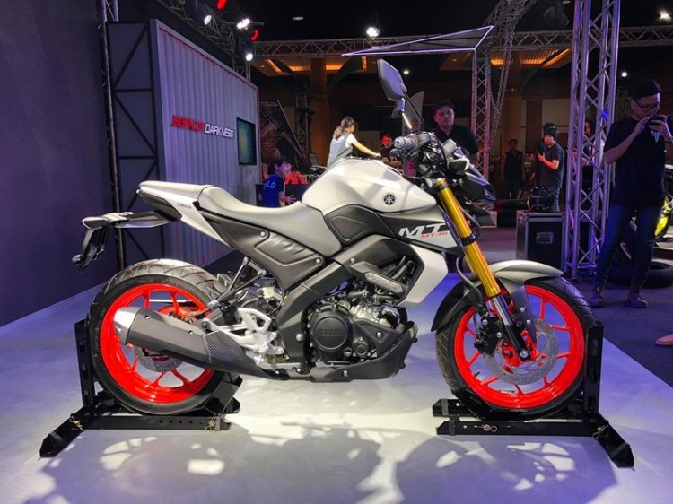 Yamaha Mt 15 2019 White Colour Side Profile