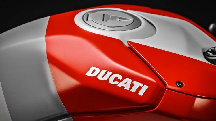 Ducati Panigale V4s Corse Fuel Tank