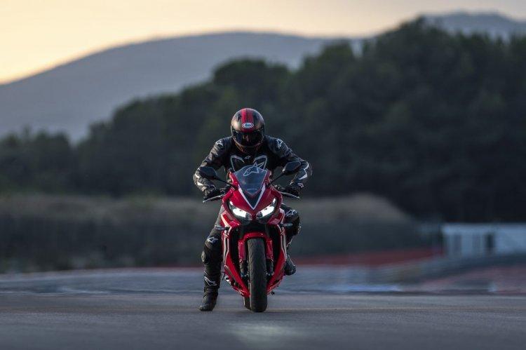 2019 Honda Cbr650r Press Images Action Shots 7