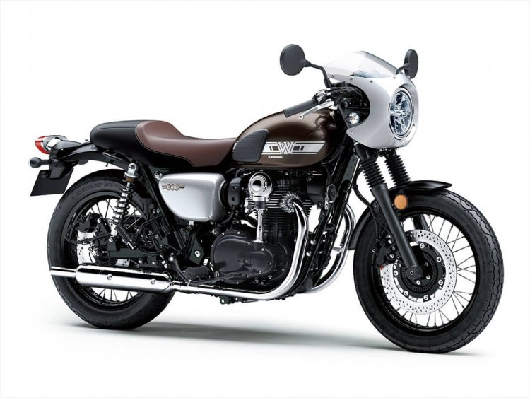 Kawasaki W800 Cafe Press Images Right Front Quarter