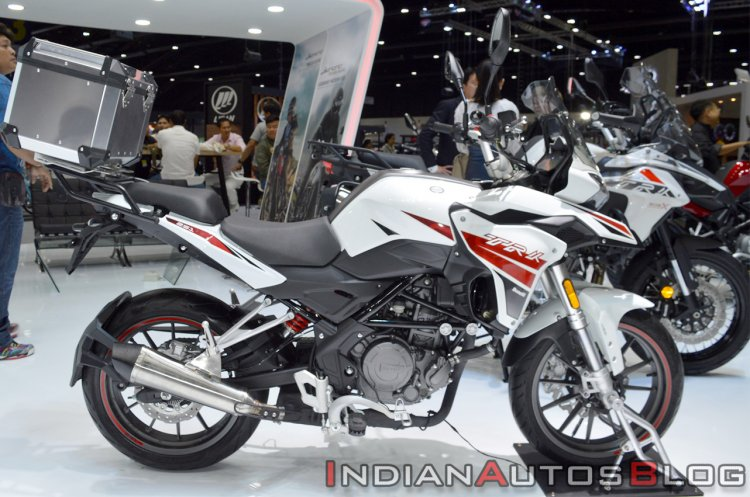 Benelli Trk 251 Right Side Profile Thai Motor Expo