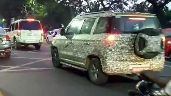 2019 Mahindra Tuv300 Images Rear Three Quarters
