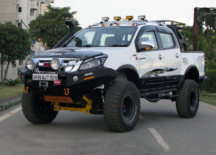 Modified Isuzu D Max V Cross Images Front Three Qu