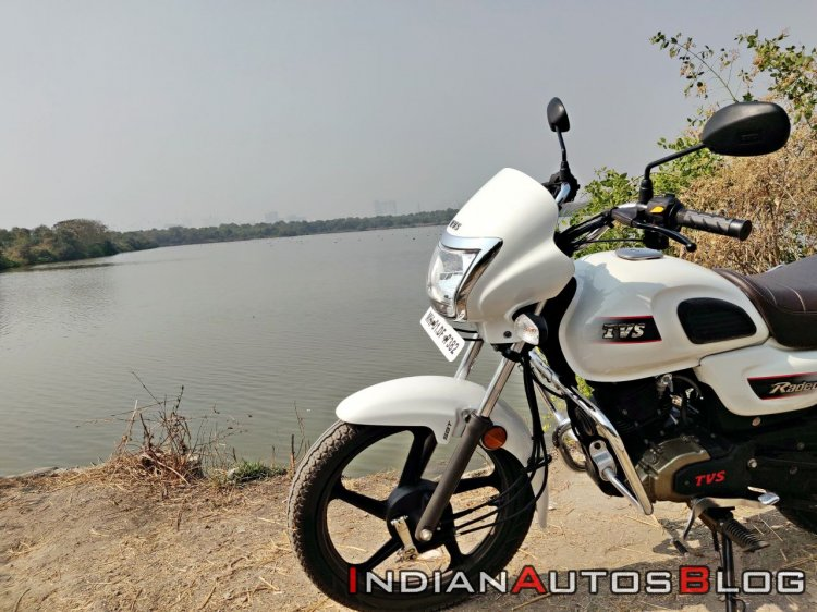 Tvs Radeon Road Test Review Still Shots 2
