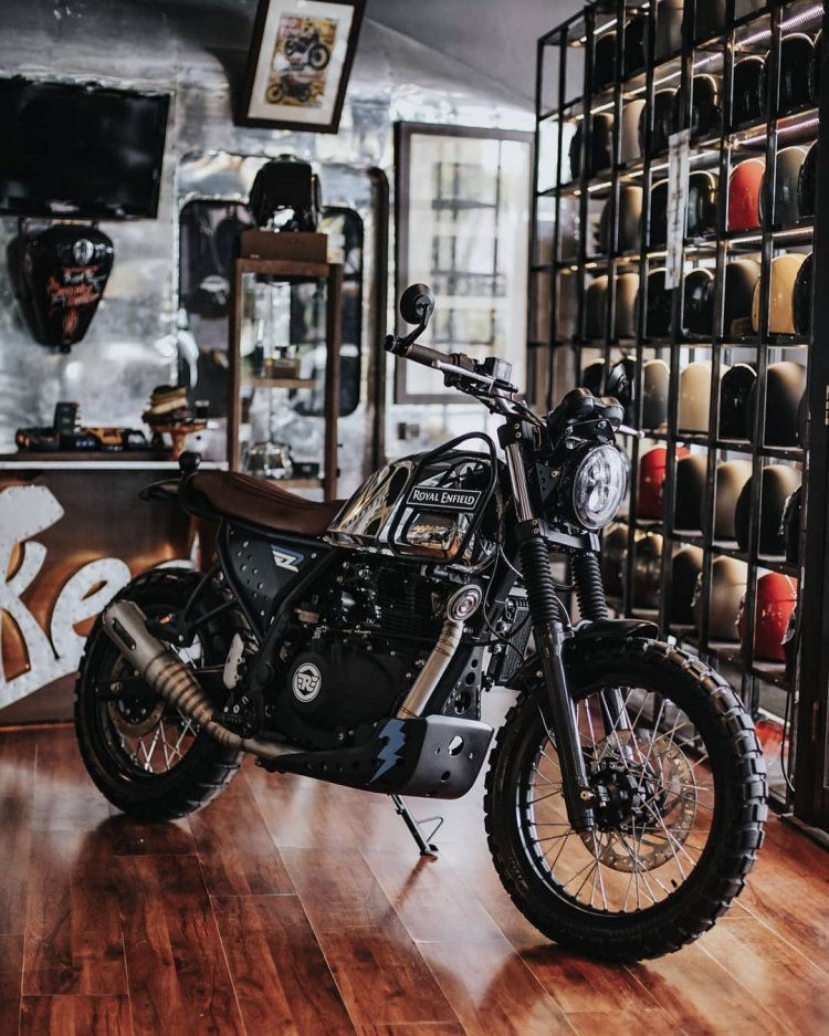 Modified Royal Enfield Himalayan Smoked Garage Ind