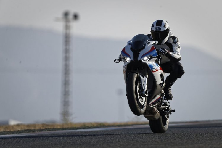 2019 Bmw S1000rr Riding Shot Wheelie
