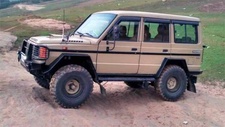 Modified Tata Sumo 4x4 Side Profile Image