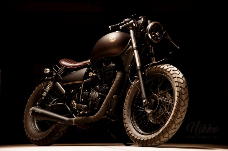 Royal Enfield Thunderbird 500 Bobber Modified Fron