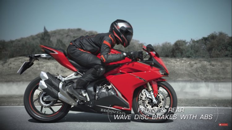 2019 Honda Cbr250rr Riding Shot Braking